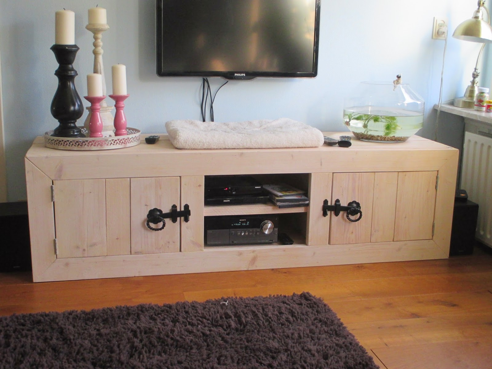 Meubels in huis for Woning meubels
